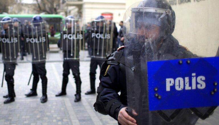 Bыезжают, избивают, похищают. Азербайджанских оппозиционеров преследуют даже в эмиграции