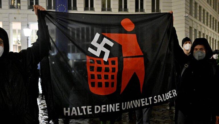 Vācija liegs rasistu un antisemītu uzņemšanu pilsonībā