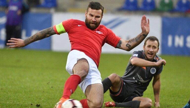 Gauračam vārti karjeras pēdējā spēlē; futbola laukumu pamet arī Sokolovs