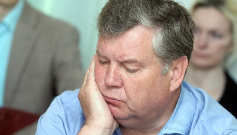 Šīs būs absolūti neprognozējamas prezidenta vēlēšanas, paredz Urbanovičs