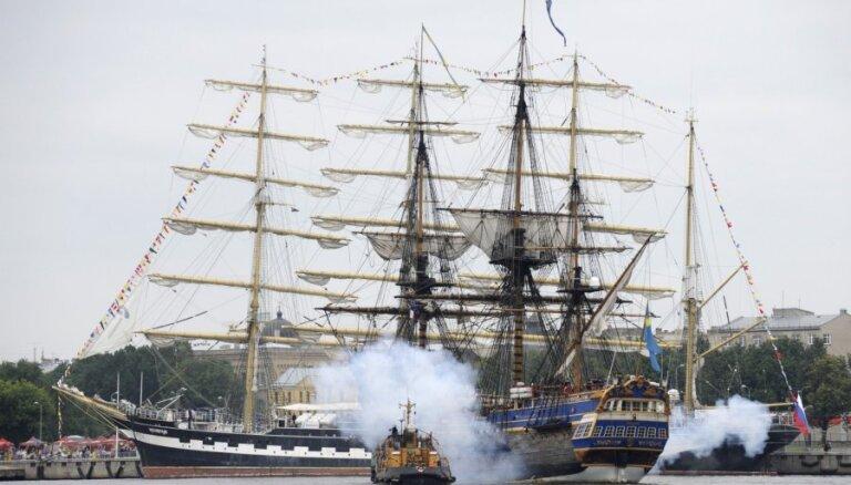 Fotoreportāža: 'Tall Ships races' organizētāji priecājas par atgriešanos Rīgā
