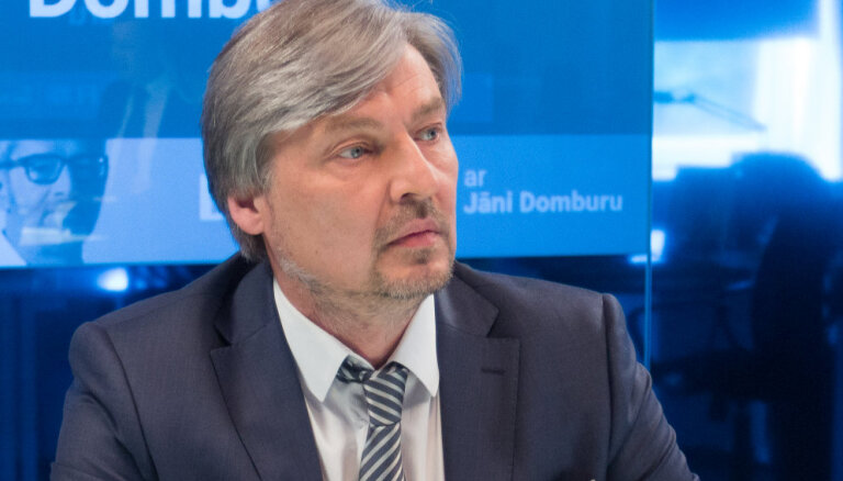 'Reģionu alianses' priekšsēdētāja amatā ievēlēts Salacgrīvas mērs Straubergs