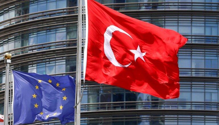Анкара обвинила Берлин в поддержке госпереворота