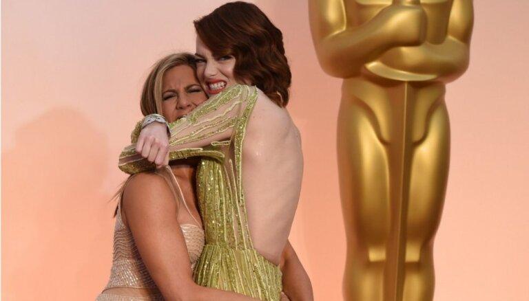 Foto: 'Oskara' ceremonijas stila kļūdas un veiksmes