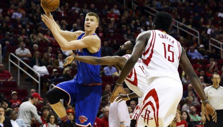 Entonijs: Porziņģis pret 'Rockets' spēlēja fenomenāli
