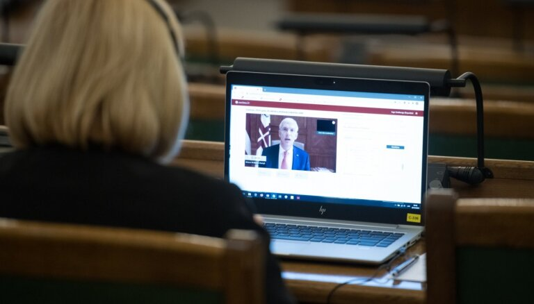 Pēc sešu stundu debatēm Saeima konceptuāli atbalsta 2021. gada budžetu. Teksta tiešraides arhīvs