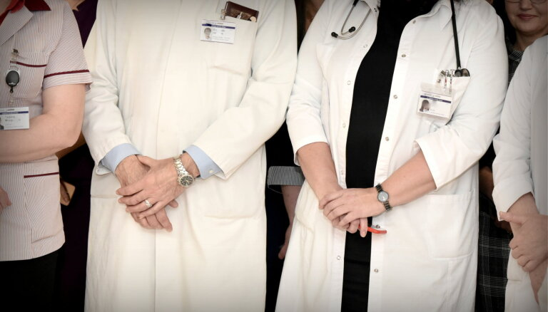 27% врачей в Латвии — предпенсионного возраста; полмиллиона жителей может остаться без специалиста