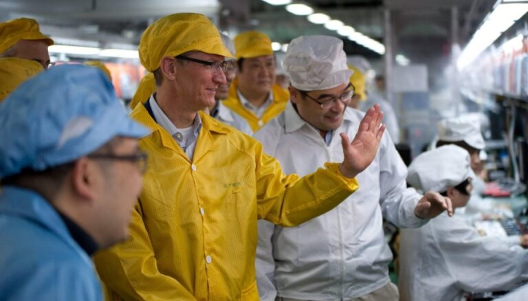 """Работающие на Apple заводы """"самоубийц"""" улучшают условия труда"""