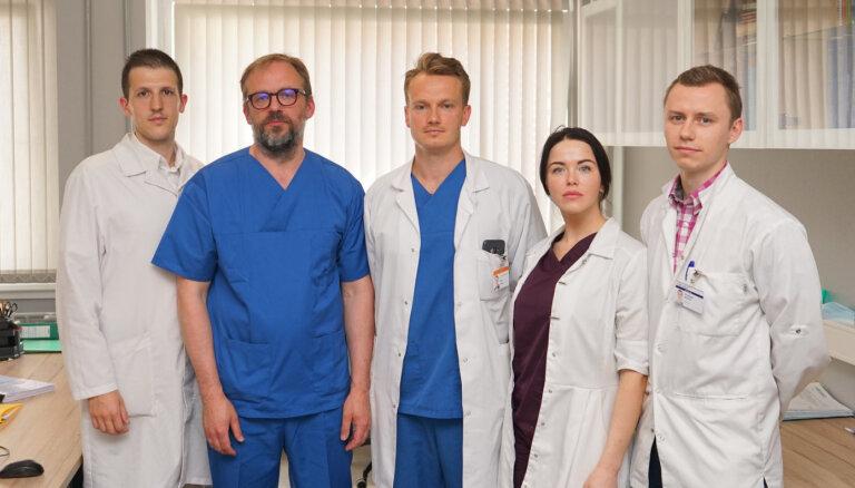 Латвийские врачи провели уникальную операцию по реконструкции лица
