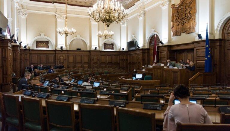 Ģimenes jēdziens – par atbalstu Satversmes grozījuma izskatīšanai Saeimā lēmis frakciju vairākums