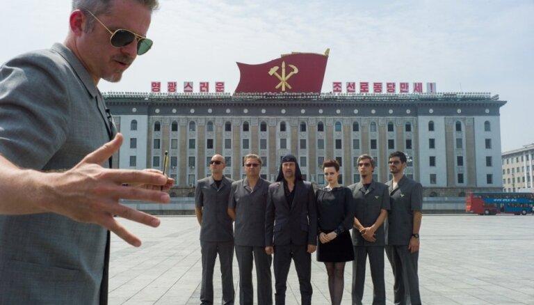 Latvijā sāks demonstrēt Uģa Oltes un Mortena Travika filmu 'Atbrīvošanas diena'