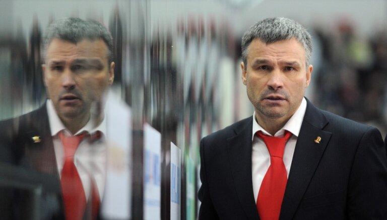 Baltkrievijas hokeja izlases vadība uzticēta tās pirmajam trenerim