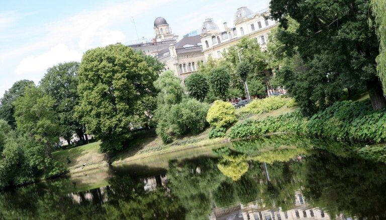Latvijas Universitātē visvairāk studentu nākamgad būs pedagoģijā un uzņēmējdarbībā