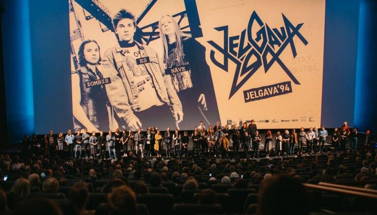 Pie skatītājiem nonāk filma 'Jelgava '94'; tiek izziņoti īpašie seansi