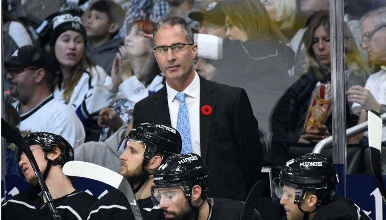 'Kings' kā pirmie šajā NHL sezonā atlaiž galveno treneri