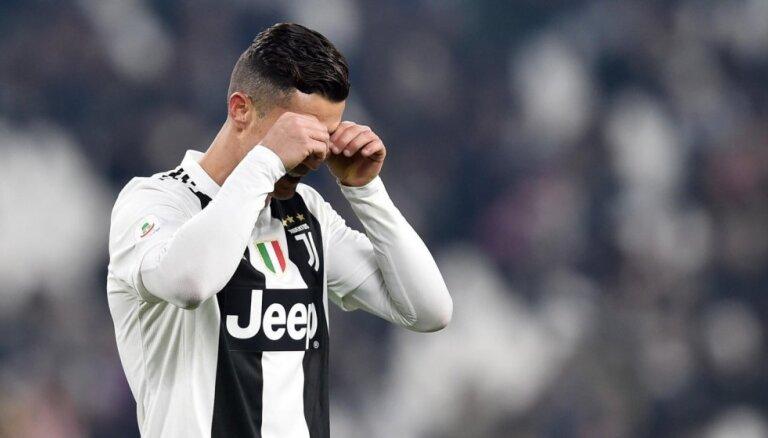 Ronaldu pirmoreiz nerealizē 'pendeli' Turīnas 'Juventus' komandā