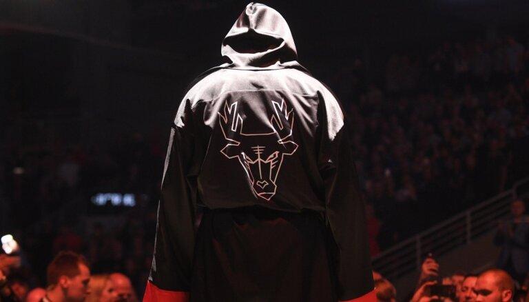 Maira Brieža efekts: vai piepildītajās zālēs aug jauni boksa čempioni?