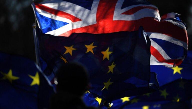 ES līderi pieprasa lielāku skaidrību no Lielbritānijas par 'Brexit' plāniem