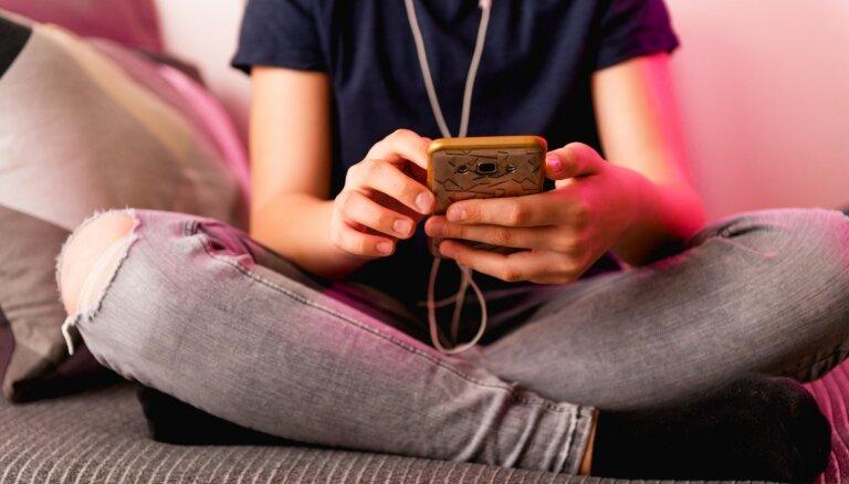 Bērnu un pusaudžu uzticības tālrunis 116111 sāk sniegt konsultācijas tiešsaistē