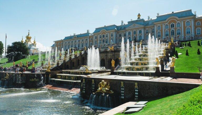 Oktobrī ieviesīs bezmaksas elektroniskās vīzas uz Sanktpēterburgu