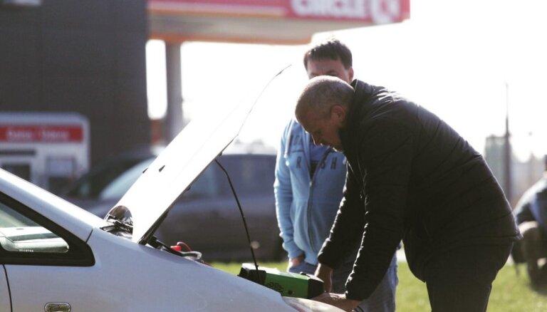 Jau septīto gadu visā Latvijā bez maksas pārbaudīs auto gatavību braukšanai ziemā