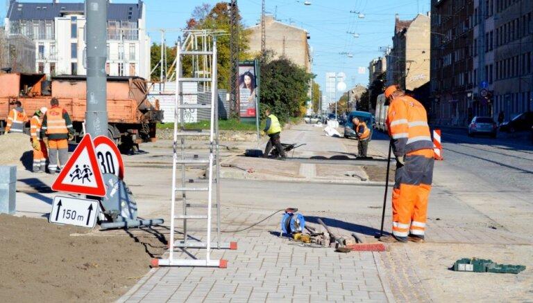 Jakrins: Rīgā remontdarbiem izvēlētas pilsētniekiem un viesiem redzamākās ielas