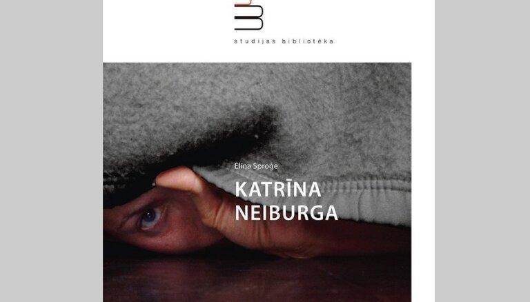 Izdota topošās mākslas zinātnieces Elīnas Sproģes grāmata par Katrīnu Neiburgu