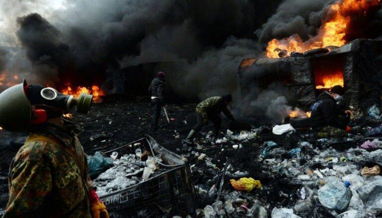 Divas trešdaļas no Maidana šāvējiem ir aizbēguši uz Krieviju, atklāj amatpersona