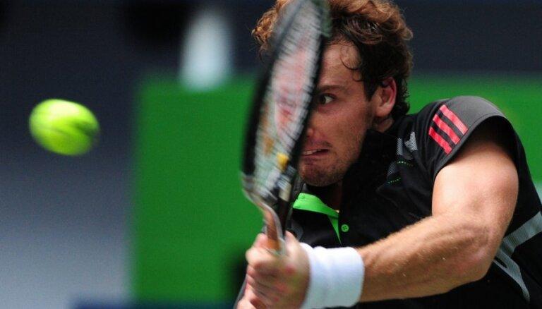 Gulbis pirms dalības Vimbldonas čempionātā atkāpies uz 87.vietu ATP rangā