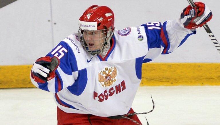 Ничушкин хочет уехать в НХЛ, а не пробиваться в состав у Знарка