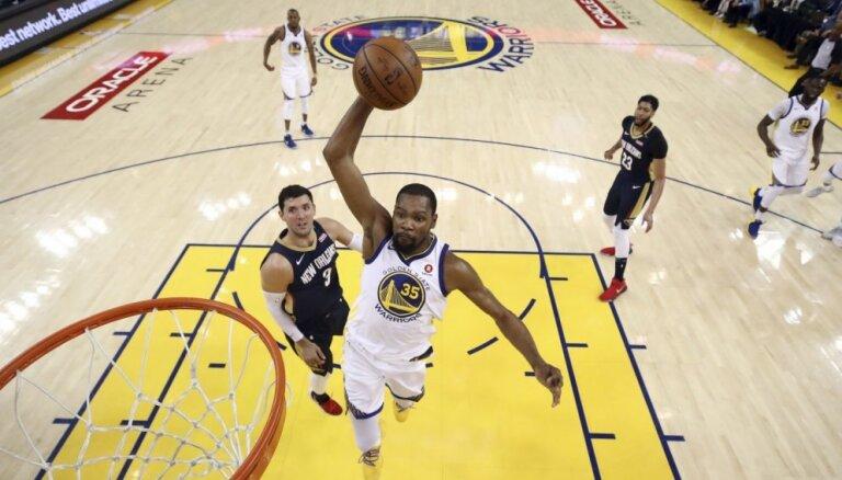 NBA Rietumu konferences finālā tiksies Goldensteitas 'Warriors' un Hjūstonas 'Rockets'