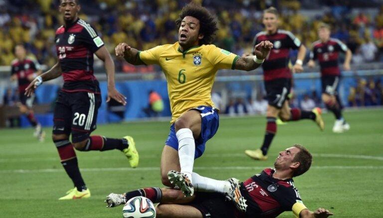 Насмешка ФИФА: в символической сборной — 4 бразильца и 0 голландцев