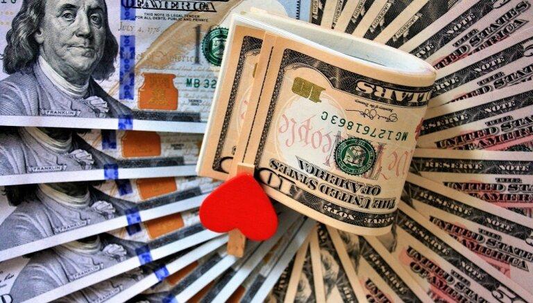 """Эксперты оценили стоимость активов 500 """"сверхбогатых"""" россиян"""
