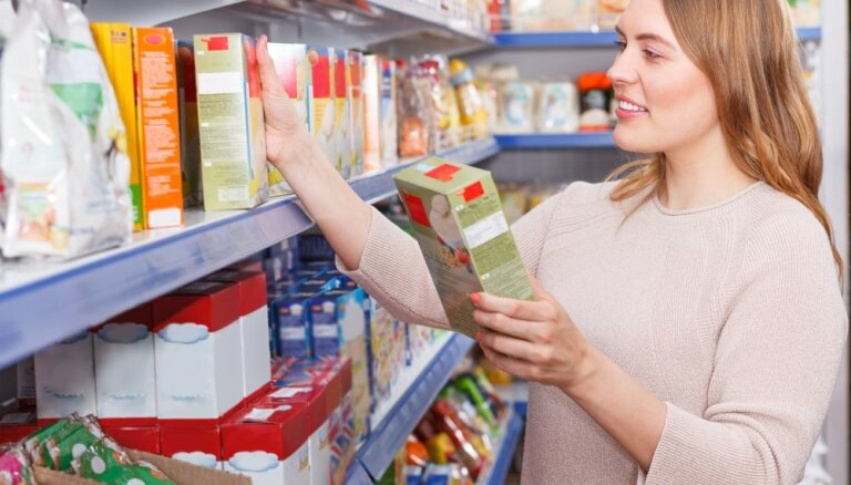 7 gudri iepirkšanās padomi, kas palīdzēs ietaupīt iegādājoties pārtiku