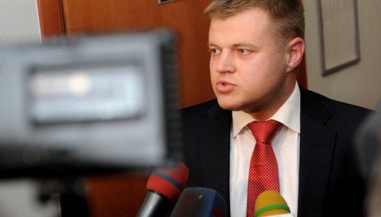 Nemiro Ventspils brīvostas valdē virza savu bijušo partneri advokatūrā Rebenoku