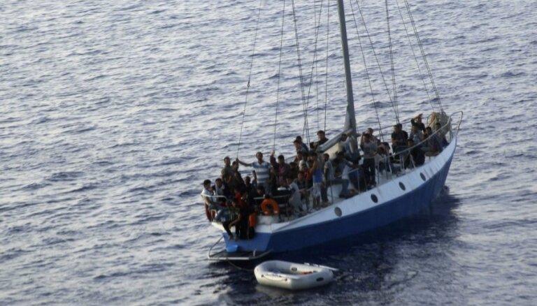 В Средиземном море потерпело крушение еще одно судно с нелегалами