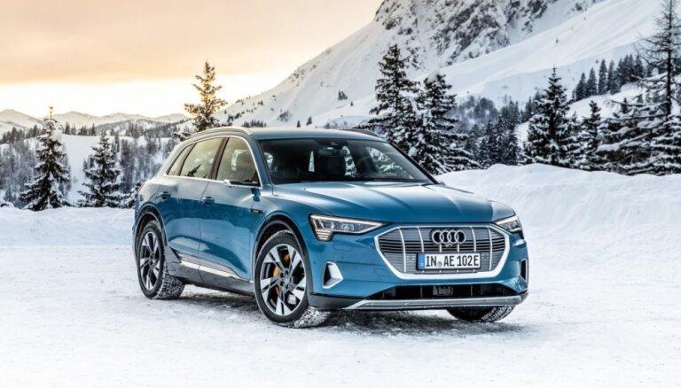 Latvijā uzsāk 'Audi' elektriskā apvidnieka 'e-tron' tirdzniecību