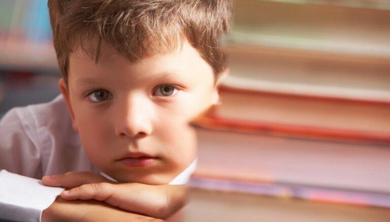 Trešās septembra nedēļas sindroms – puse pirmklasnieku sāk slimot. Kāpēc?