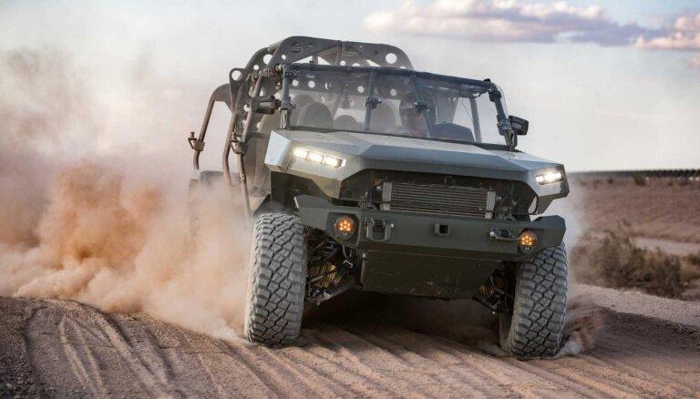 GM radījis pirmo simtprocentīgi elektrisku militāro transportlīdzekli