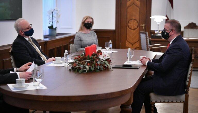 Канцелярия президента о встрече Левитса, Кариньша и Мурниеце: некоторые события нужно проводить очно