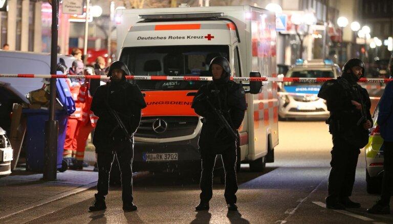 """""""Мы боимся за жизнь"""". Германия взяла под охрану важные объекты из-за угрозы ультраправых"""