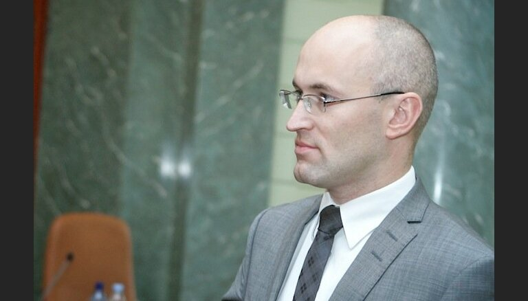 Pavļuts pagaidām nevirzīs pretpirātisma nolīgumu ACTA ratifikācijai Saeimā