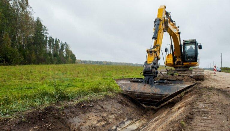 Uz reģionālā ceļa posmā Gulbene-Kazupīte sākušies būvdarbi