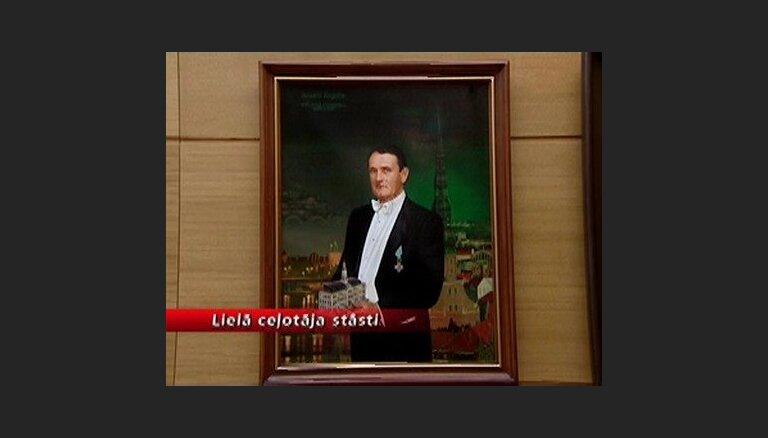 Rīgas vicemērs Ārgalis pabijis eksotiskos komandējumos par 28 tūkstošiem latu