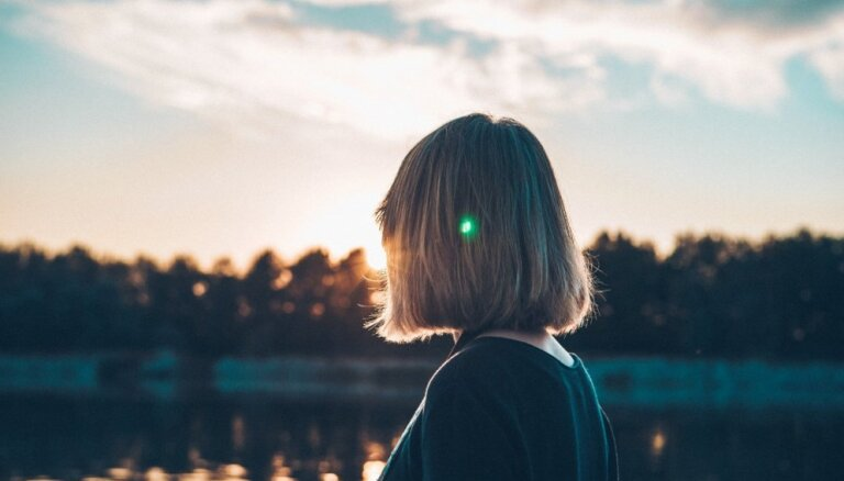Piecas tēmas, ko labāk nepārspriest ar nesen iepazītiem cilvēkiem