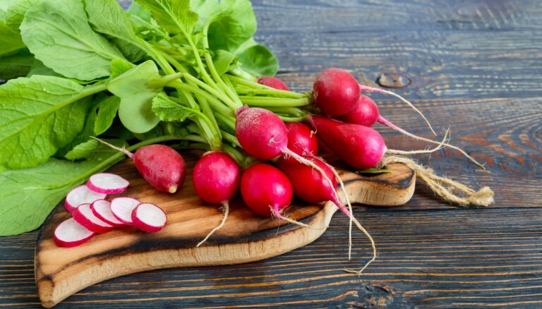 Asociācija: Augļu un dārzeņu cenu veikalos ietekmēs arī vietējo tirdzniecības tīklu iepirkumu politika