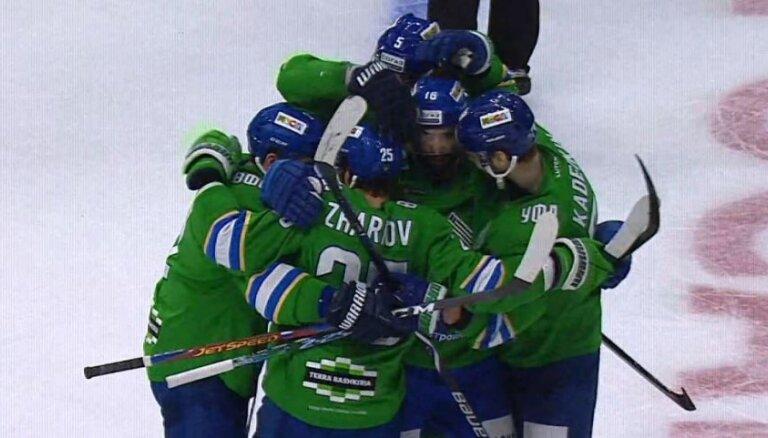 'Salavat Julajev' sagrauj Hārtlija trenēto 'Avangard' un izcīna pirmo uzvaru KHL pusfinālā