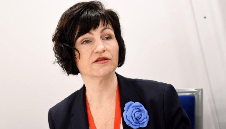Jālauž klusēšanas siena. Dr. iur. Sanita Osipova par padomju režīma izvērtēšanu