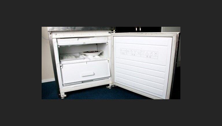 Tukumā dzīvokļa apzadzēju guvums - veļasmašīna un ledusskapis