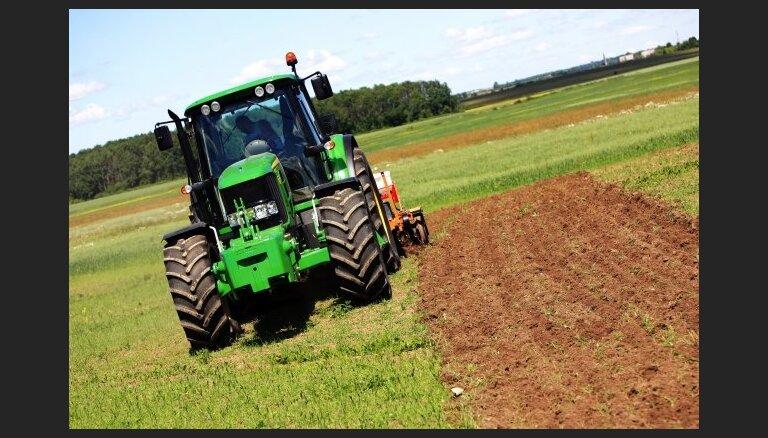Stājas spēkā būtiskas izmaiņas lauksaimniecības zemes iegādes atbalsta programmā